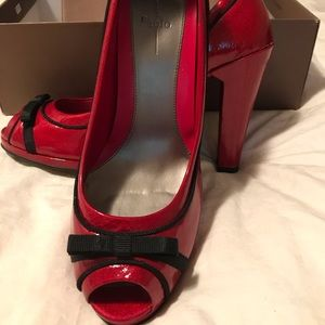 Paolo red patent leather heels EUC. Size 9.5.